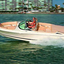 El planeo es franco y su navegación, limpia con todo el casco bien sustentado.