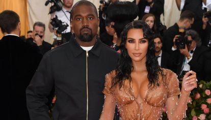 Kim Kardashian y Kanye West le dan la bienvenida a su cuarto hijo