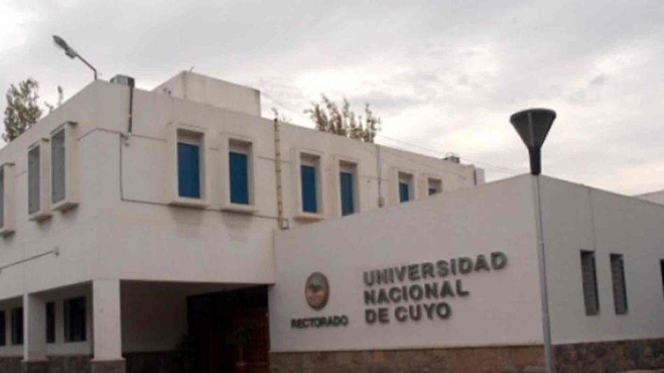 Universidad Nacional de Cuyo 05102019