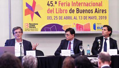 Oradores. Pierre Aussell, director regional para América Latina de AFP, Jorge Fontevecchia, presidente y CEO de Perfil Network y el abogado Nicolás Novoa.