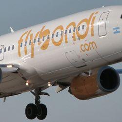 Flybondi inauguró cinco nuevas rutas que no pasan por Buenos Aires.
