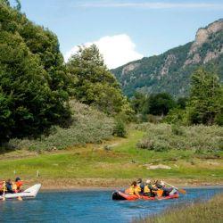 El Parque Nacional Tierra del Fuego es el único de la Argentina en combinar ambiente marino, boscoso y de montaña.