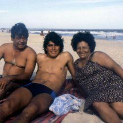 Imágenes de la biopic de Diego Maradona.