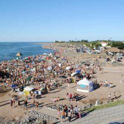 Con 8.000 km², unas 20 veces la capital provincial, la laguna Mar Chiquita asombra con su espejo de agua salada.