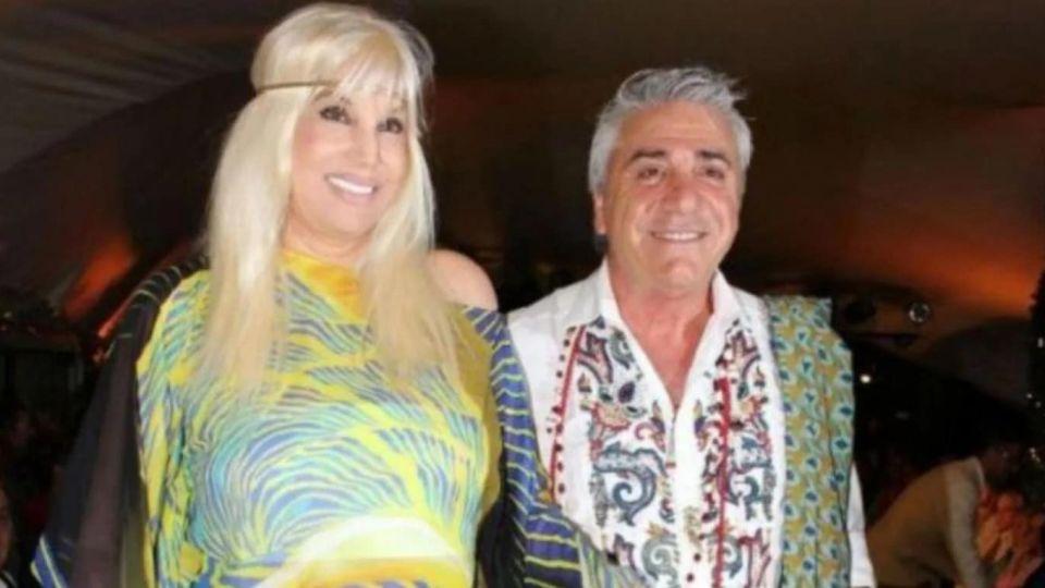 El diseñador Carlos Di Doménico junto a su amiga Susana Giménez.