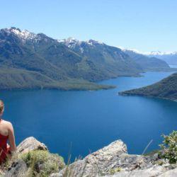 El Parque Nacional Los Alerces ofrece los lagos Futalaufquen, Verde, Krüger, Rivadavia y Menéndez.
