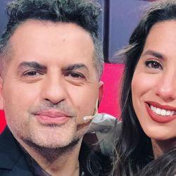 Ángel de Brito junto a Cinthia Fernández