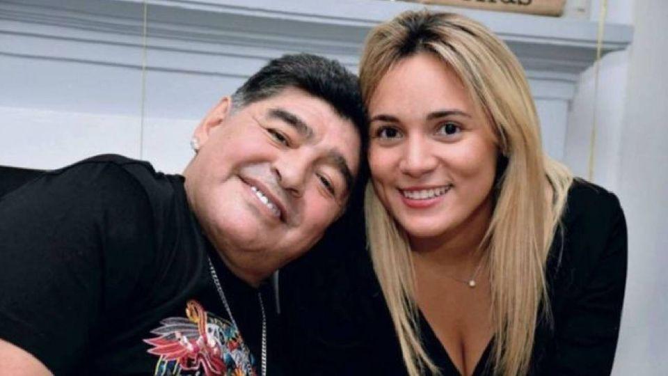 Millonaria demanda de Rocío Oliva a Diego Maradona: fuerte cruce entre los abogados