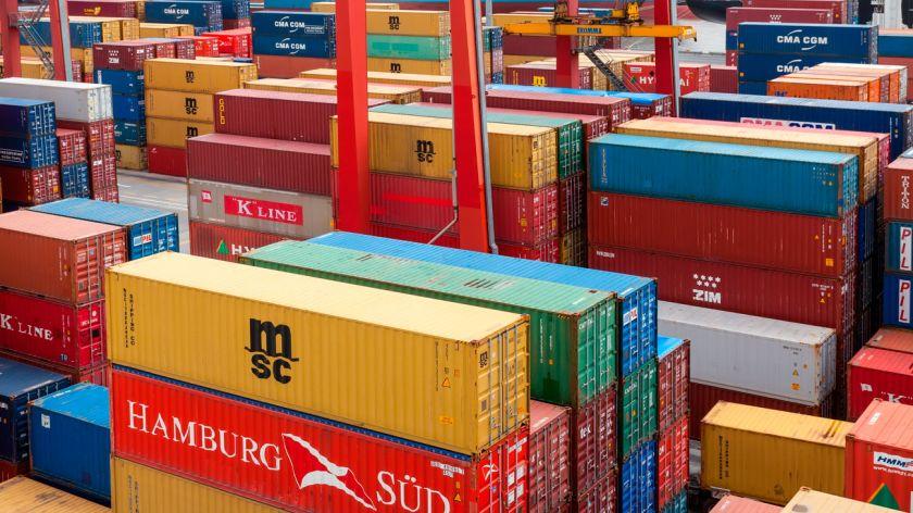 Nuevo superávit en la balanza comercial de abril - Actualidad