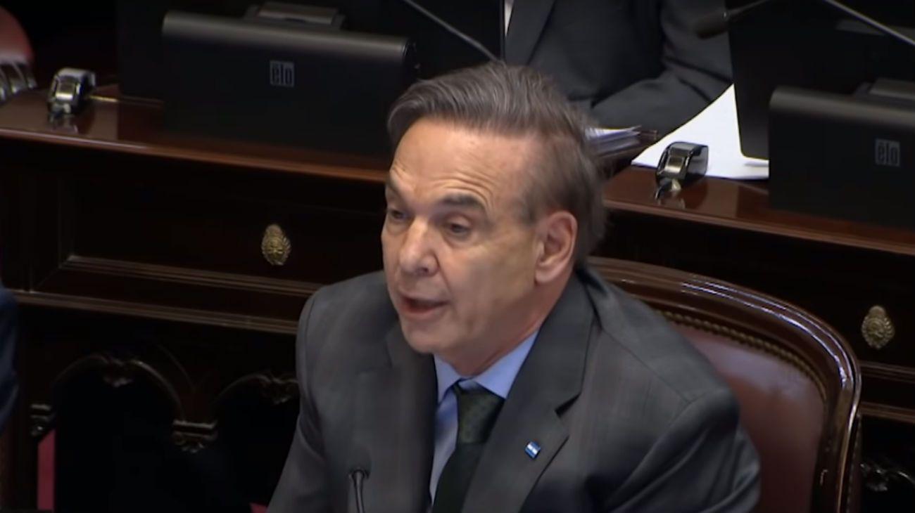 El senador del bloque del PJ, Miguel Ángel Pichetto