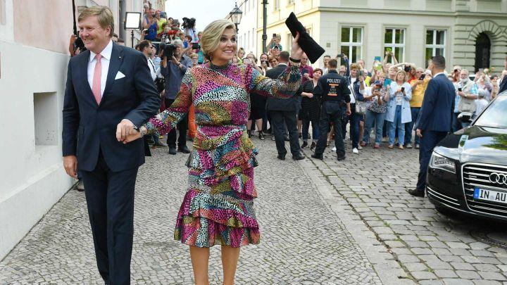 """El vestido """"reciclado"""" de Máxima de Holanda que resistió el paso del tiempo"""