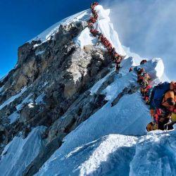 Más de 200 personas hicieron cima y batieron el récord de ascensos en una misma jornada.