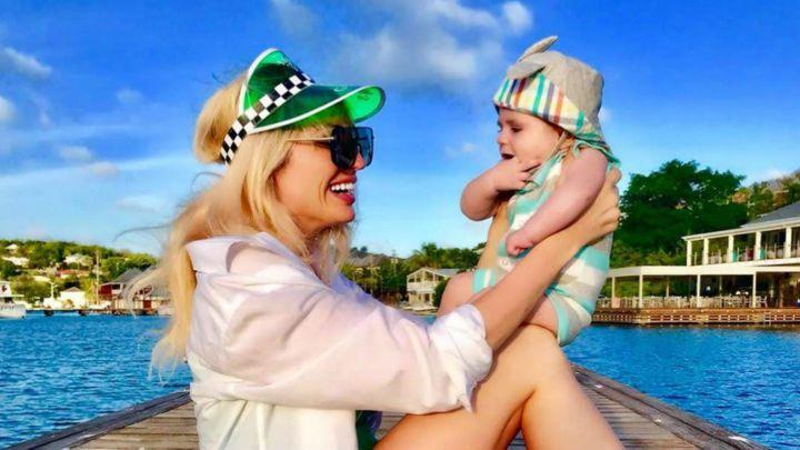 Las primeras vacaciones de Vicky Xipolitakis y su hijo en el Caribe