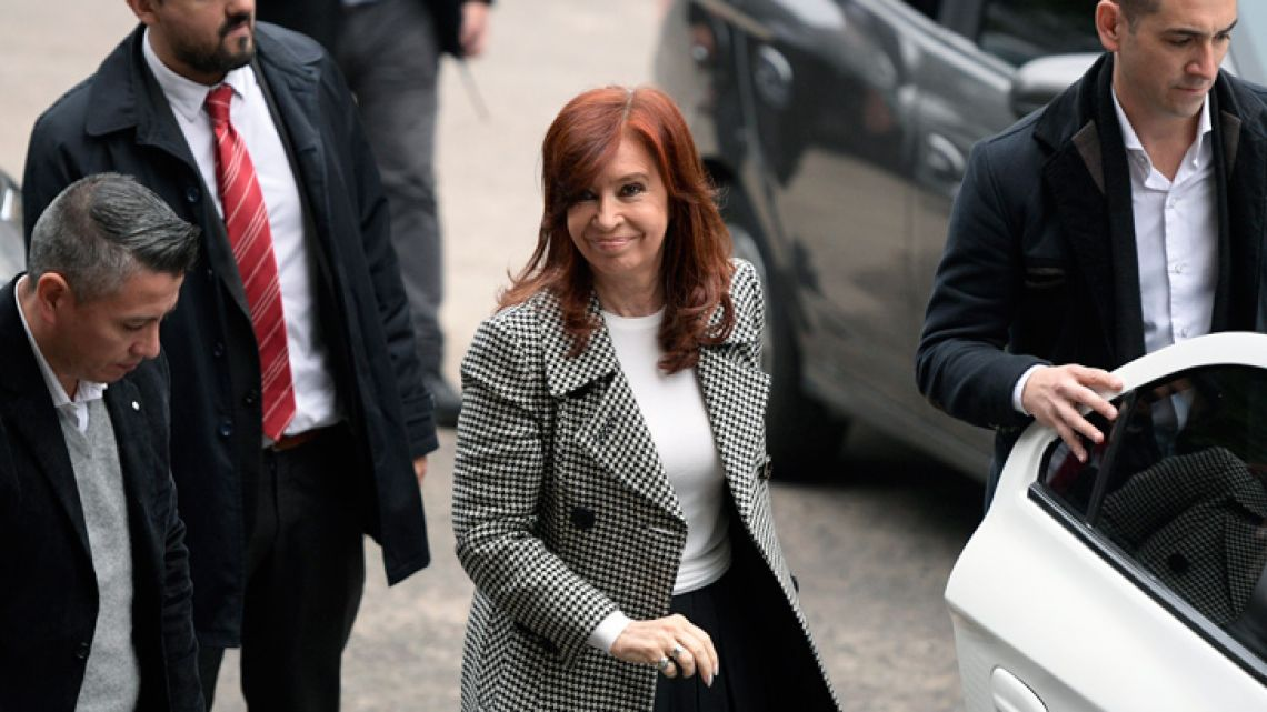 Former president and current senator Cristina Fernández de Kirchner arrives at the Comodoro Py courthouse to attend the second hearing for an ongoing corruption trial on charges of diverting public funds, in Buenos Aires on May 27, 2019.