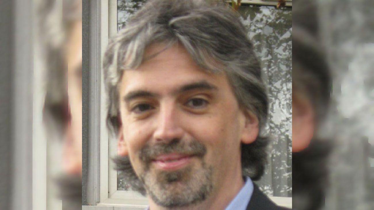 Russo es jefe del Servicio de Inmunología y Reumatología del hospital.