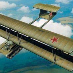 El A-40 fue el intento por crear un tanque volador, que en realidad era un carro de combate acoplado a un planeador.