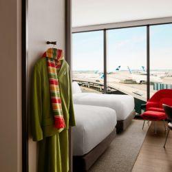 El nuevo hotel TWA cuenta con 512 habitaciones, por supuesto con muy buen aislamiento acústico.