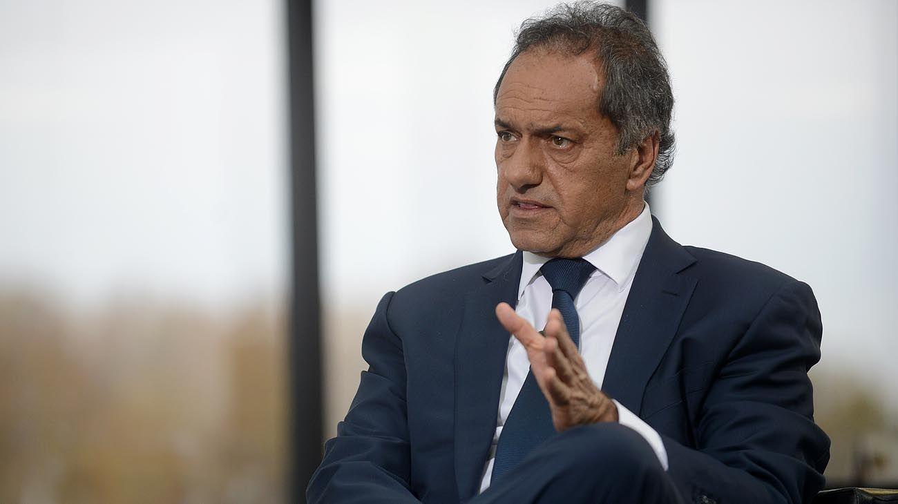 """LAVAGNA. """"El rendimiento de los funcionarios tiene que ver con quién conduce la Argentina, y tuvo el trabajo que hizo Remes Lenicov. Pedí públicamente que continuara en la campaña con Néstor""""."""