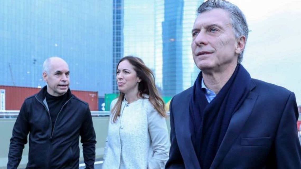 L to R: BA City Mayor Horacio Rodriguez Larreta, BA Province Governor Maria Eugenia Vidal and President Mauricio Macri.