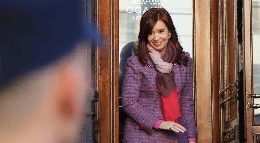 Sin Cristina Kirchner, se reanuda el juicio por obra pública