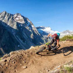 Andar en bicicleta nos permite desarrollar sentidos más agudos y una fuerte conciencia sobre el entorno.