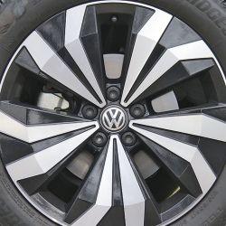 Volkswagen T-Cross Hero