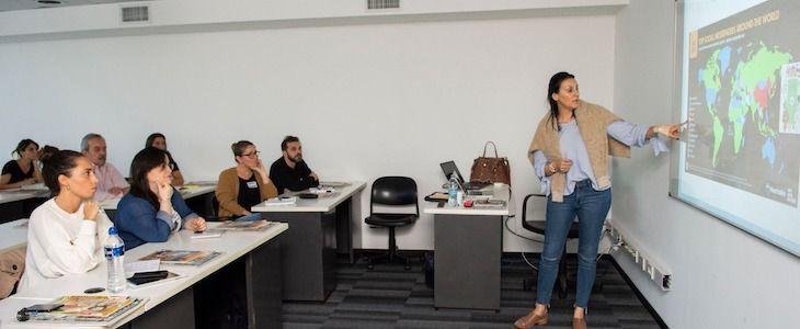 "Seminario ""Coaching de Redes Sociales para Emprendedores"" en Perfil por Nana In Seul"