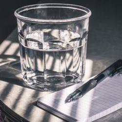 8 formas alternativas al agua para hidratarte