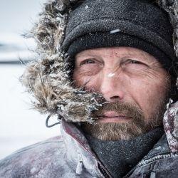 Mads Mikkelsen es el protagonista exclusivo de El Artico que se estrena el jueves 13 en los cines.
