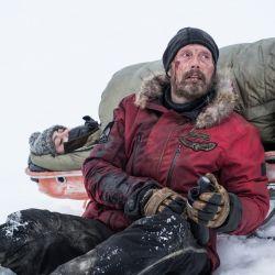 ¿Puede un hombre sobrevivir solo en el Polo Norte? Una historia de superación personal en El Artico.