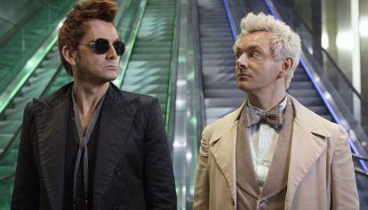 Tennant (el demonio) y Sheen (el ángel), en los mejores trabajos de sus carreras.
