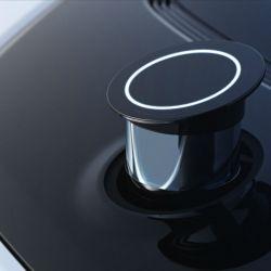 En el capó aparece un sistema LiDAR (se ocupa de escanear el terreno y el entorno del vehículo) retráctil.
