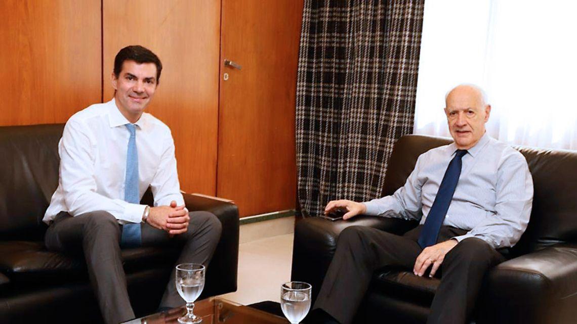 Governor of Salta Province Juan Manuel Urtubey (left) and former economy minister Roberto Lavagna.