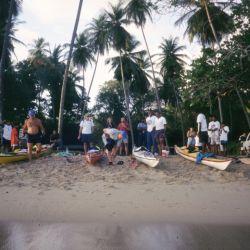 Los tres aventureros tocaban tierra en playas en las que no había aduana o migraciones. Allí hacían noche para retomar la travesía al día siguiente.