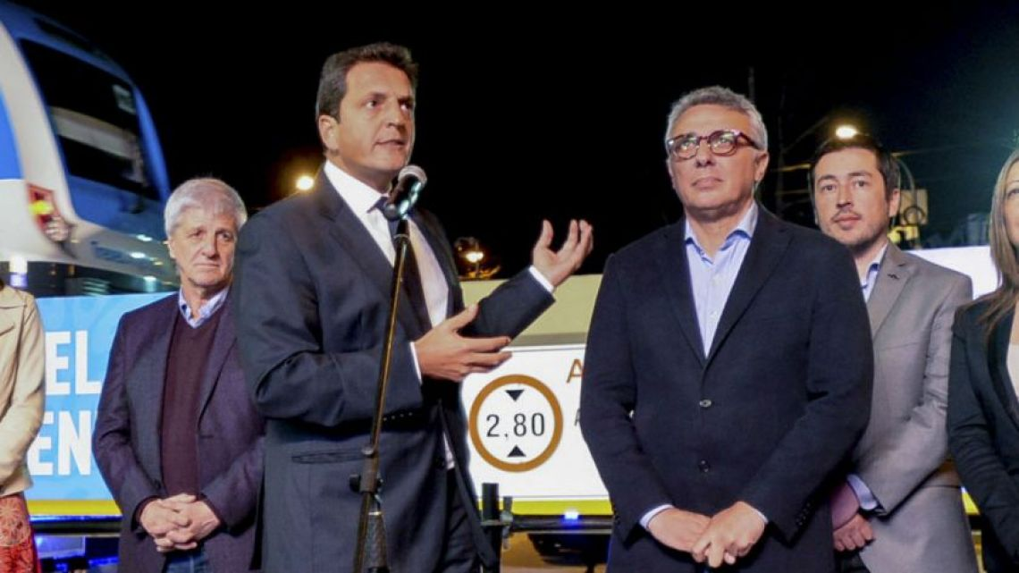 Sergio Massa (left) and Tigre Mayor Julio Zamora (right)