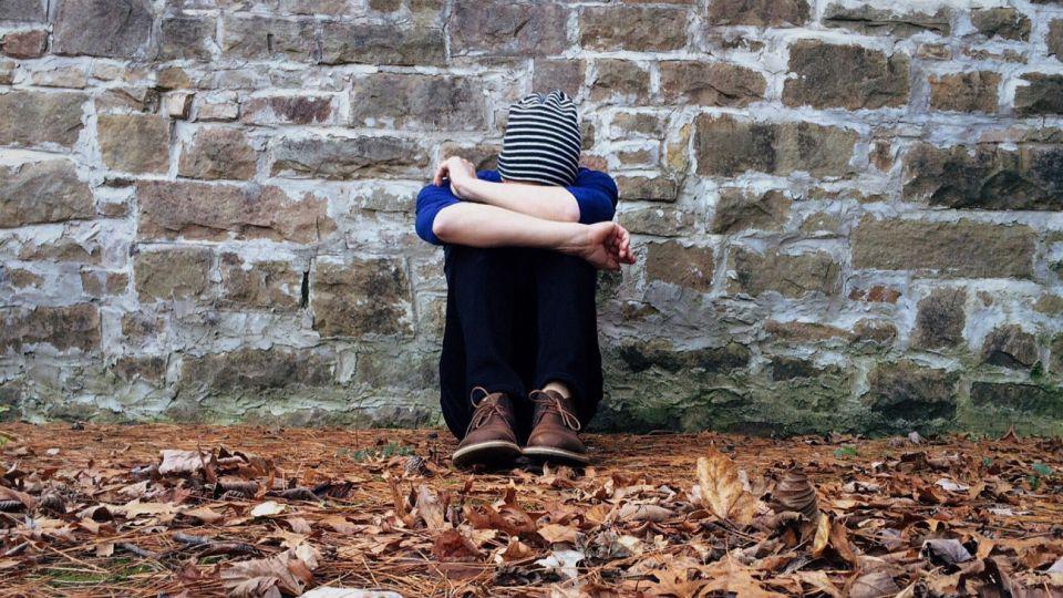 El suicidio es la segunda causa de muerte entre los adolescentes, después de los accidentes de tránsito.