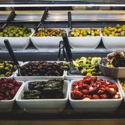 Las mejores opciones de snacks para comer entre comidas