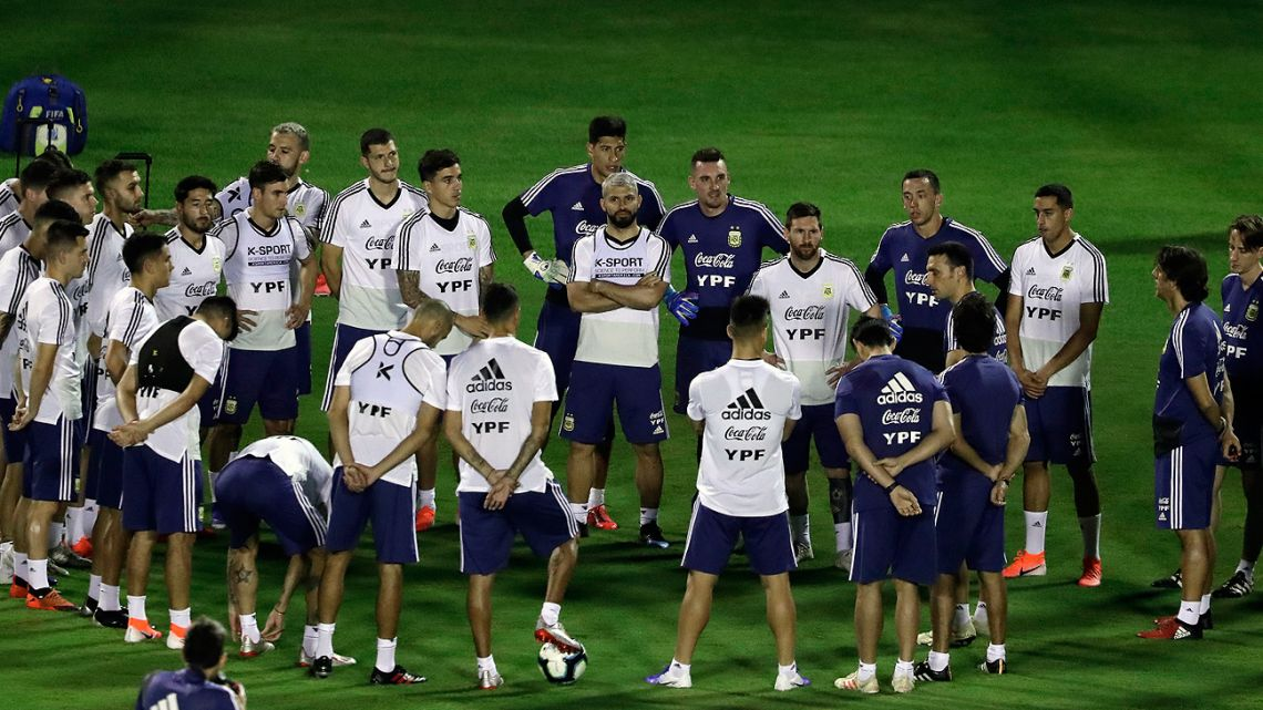 Argentina's footbal team coach Lionel Scaloni gives instructions to his players during a training  session at Manuel Barradas stadium in Salvador, state of Bahia, Brazil, on June 13.