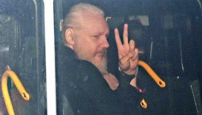 Assange. Defensor de publicar secretos de Estado sin edición.