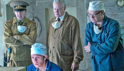 Ficción. Por momentos, Chernobyl se ajusta al relato pormenorizado de los hechos. La historia se ve reflejada a partir de un relato construido cuidadadosamente.