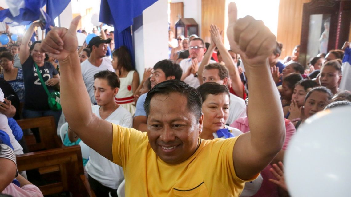 Nicaraguan opposition activists attend a mass celebrating the release of political prisoners at the San Miguel Church, in Masaya, Nicaragua on June 12, 2019.