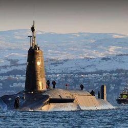 El día del incidente, la nave británica, con una tripulación de 135 personas, estaba realizando su patrullaje de rutina por el océano Atlántico.