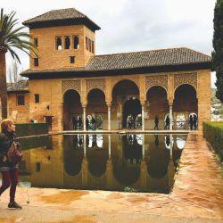 Los jardines del Generalife, finca de recreo de los sultanes moros, volverán a recibir visitantes en julio.