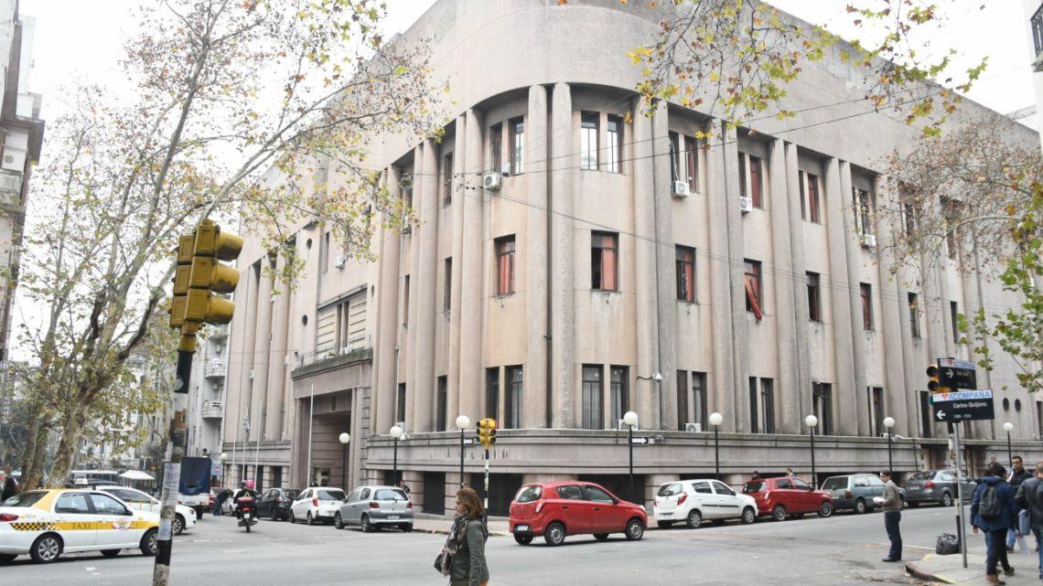Montevideo's Central Prison after Italian mafia boss Rocco Morabito and three other inmates escaped.