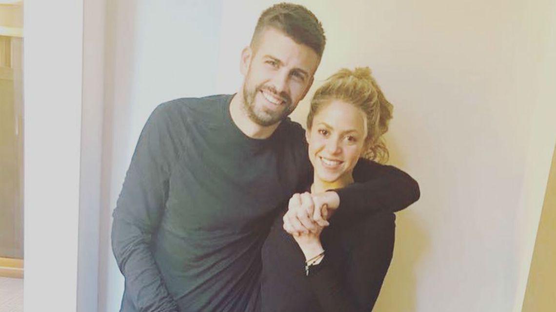 Shakira y Gerard Piqué llevaron a sus hijos a conocer y tocar tiburones