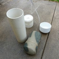 Un tubo de PVC de 4 o 6 pulgadas de diámetro con sus tapas es ideal para conservarlas.