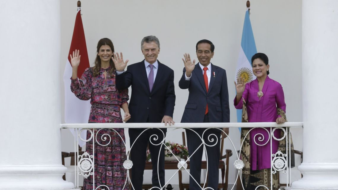 Argentine President Mauricio Macri and Indonesian President Joko Widodo at the presidential palace in Bogor, Indonesia.