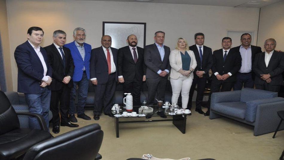Los gobernadores peronistas se alistan para la campaña nacional.