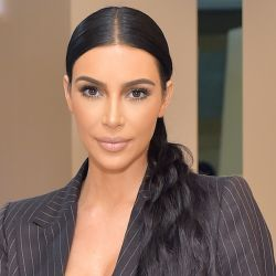 Kimono Solution Wear, la nueva línea de Kim Kardashian