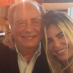 Raquel Mancini junto a su padre